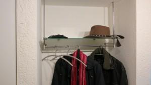 Garderobe von PHOS Design