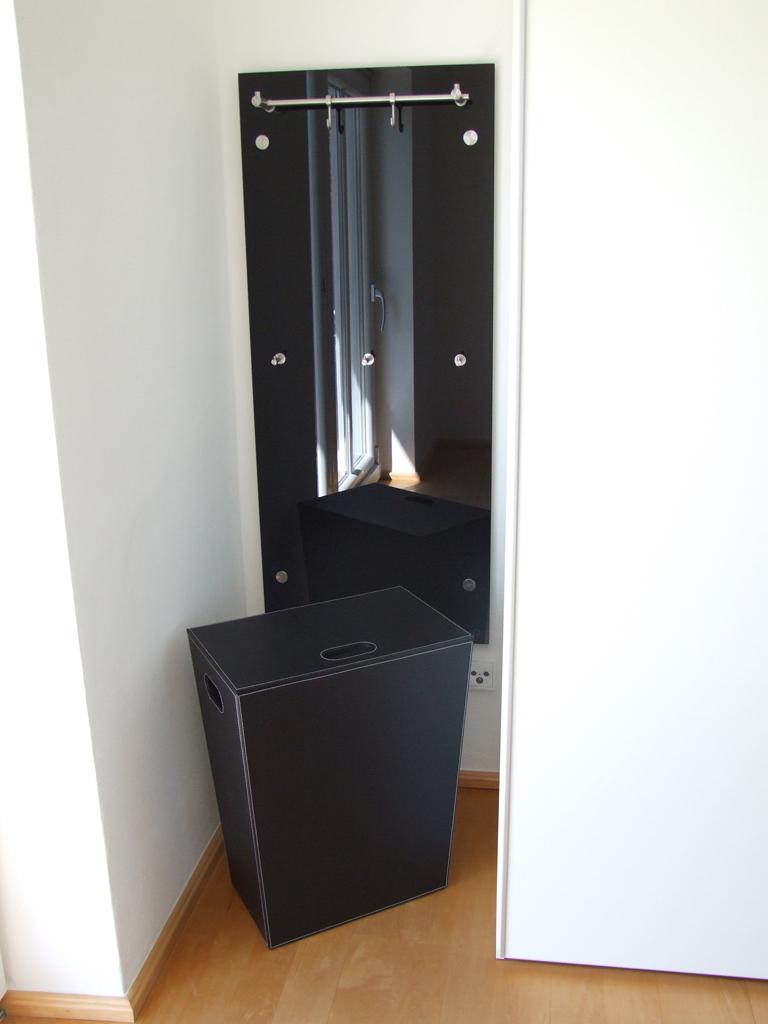 Fotos vom 2 fotowettbewerb 2012 phos edelstahl design for Garderobe querstange