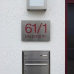 Foto: Simon R. aus Kernen - Individuelles Hausnummernschild