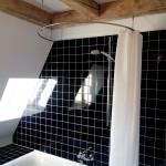 Foto: Georg L. - Duschvorhangstange gebogen, Deckenbefestigung von PHOS Design