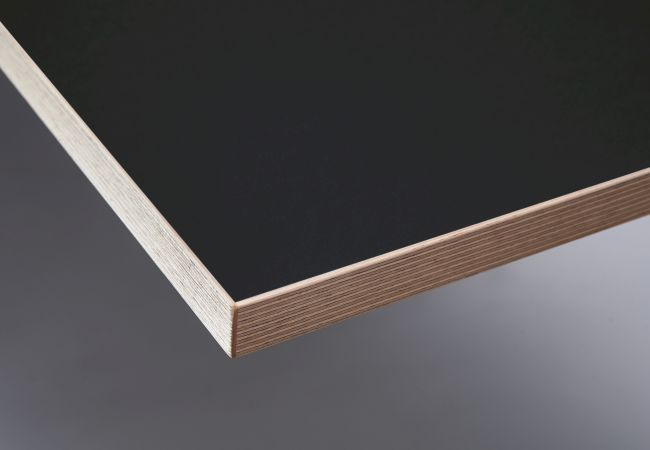 Melaminbeschichtung matt schwarz, mit Birken-Echtholz-Multiplex-Dekorkante